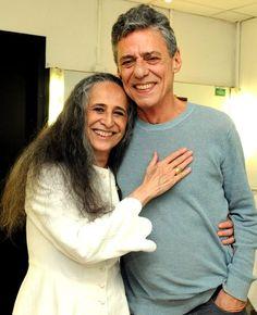 Chico e Maria Bethânia Tv Presenters, Music Icon, People Art, Diva, Singing, Men Sweater, Culture, Cinema, Musicians