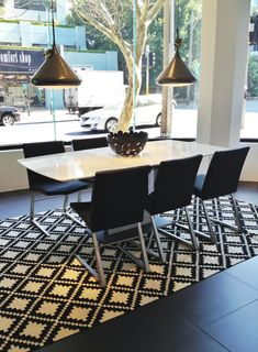 BoConcept Expanding Dining Table & Mariposa Deluxe Chairs