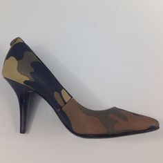 "MICHAEL KORS Camo Pumps - Size 5  Michael Michael Kors MK-Flex Mid Pump Synthetic Heels NEW WITH TAGS, COMES IN ORIGINAL MICHAEL KORS BOX, ORIGINAL RETAIL - $100.00, Color: Duffle, synthetic-and leather, manmade sole Measurements: 3.5"" heel Michael Kors Shoes Heels"