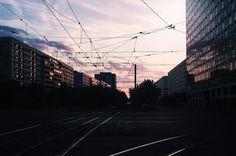 Freitag, 03.06., 5.30 Uhr – Mitte, Mollstraße: Der Sonnenaufgang gibt alles. © Borkeberlin