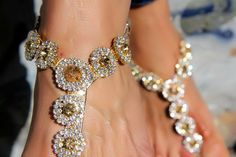 CC fashion: WITHOUT HEELS - Emma jewel sandals