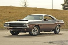 1970 DODGE CHALLENGER T/A 340 SIX-PAK , Mopar for sale, Muscle Cars, Collector, Antique, and Vintage Cars, Street Rods, Hot Rods, Rat Rods, and Trucks for sale by KC Classic Auto in Heartland, Midwest, Kansas City, Classic and Muscle Car Dealer, Museum and Storage