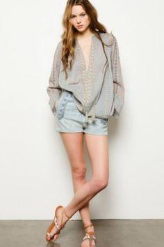 Easy Boho blouse for the summer. #Antikbatik #summerstyle #shop tamarind
