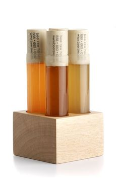 packaging | honey (concept: science behind honey / food // medicinal properties of honey)