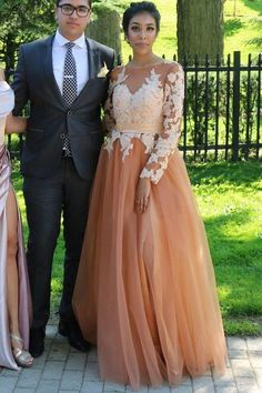 Charming Prom Dress, Long Sleeve Appliques Prom Dresses, Long Evening Dress , Long Formal Evening Gowns With Split Reina Bridal Ivory Prom Dresses, A Line Prom Dresses, Tulle Prom Dress, Cheap Prom Dresses, Formal Evening Dresses, Dress Formal, Dress Party, Party Gowns, Evening Gowns With Sleeves