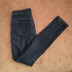 Vigoss Studio bluish grey stretchy jeggings Super soft and very stretchy jeggings. Super slimming and comfy! Slight distressing on rear pockets are intentional. Greyish blue color. Light brown stitching all over. Purchased at Nordstrom and only worn twice! In perfect condition! Vigoss Jeans