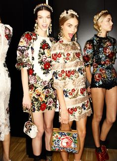 Dolce & Gabbana fall 2012 // Vestiaire Collective