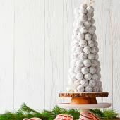 Create a doughnut hole tree for an edible party display! How-to: http://www.midwestliving.com/food/breakfast/25-festive-brunch-recipes/?page=12