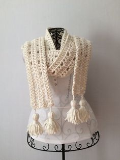 Scarf - Warm Scarf - gift for her - Scarf with Tas…