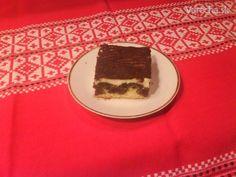 Makové rezy s tvarohovým krémom (fotorecept) - recept | Varecha.sk Tiramisu, Ethnic Recipes, Food, Basket, Essen, Meals, Tiramisu Cake, Yemek, Eten