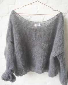 Knitting Patterns Mohair Hand knitted mohair pullover by Patkas Berlin Sweater Knitting Patterns, Knitting Designs, Hand Knitting, Knitting Sweaters, Chunky Knit Cardigan, Mohair Sweater, Chunky Knits, Stitch Fit, Angora