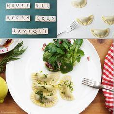 Vegetarische Ravioli mit Estragon-Zitronen-Sauce und Feldsalat