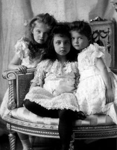 Grand Duchess Olga, Princess Elisabeth of Hesse, Grand Duchess Tatiana.  Princess Elisabeth of Hesse was first cousins to the Grand Duchesses and died while on holiday with them at age 8 of virulent typhoid.  Click on the photograph to be redirected to a wonderful article about her.