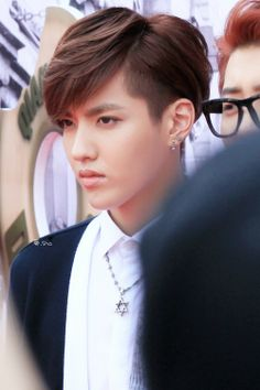 I think I have pined this like three times already but this is the best I have ever seen kris