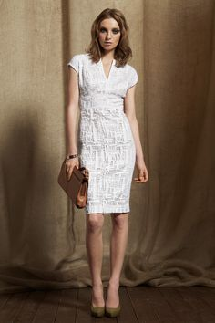 Escada - DRESS  5006171 DAOUIA / A100  Feminine lace shift in cotton/rayon with cut-on cap sleeves; empire style