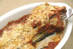 recetas con berenjena 8 Pesto, Keto Lasagna, Eggplant Parmesan, Diet Plan Menu, Eggplant Recipes, Yum Yum Chicken, Sin Gluten, Macaroni And Cheese, Food And Drink