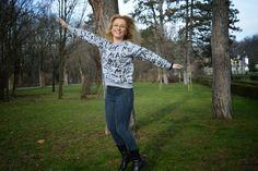 Xmas Tag http://www.oasap.com/sweatshirts-hoodies/46258-alphabet-print-woman-sweatshirt.html?inoasaph=oasapinh&affiliantid=127211