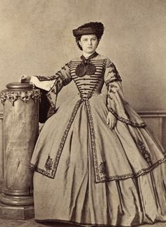 American Civil War Portraits -                                                               ~ ~ Antique Photograph ~ ~  Sometimes I'm speechless when I see a photograph, this is one of those times.  Woman in an extraordinary dress ~ beginning of the Civil War.