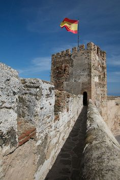 Along the Wall Castillo de Sohail, Fuengirola, Spain Places To Travel, Places To Visit, Medieval Castle, Spain Travel, Places Ive Been, Travel Inspiration, Around The Worlds, Palaces, Wall