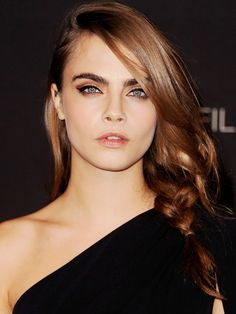 Bye Bye, Blonde! Cara Delevingne Debuts New Hair Color for Fall