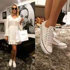 """Parece um tênis comum, mas não é: veja o calçado de """"pérolas"""" de Ana Hickmann - Vix"""