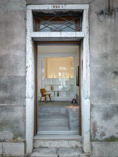 Uma casa pequena e charmosa em Veneza (Foto: Marcello Mariana / divulgação)