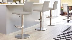 Curva Gas Lift Bar Stool in cool grey from Danetti. Contemporary Bar Stools, Modern Bar Stools, Grey Bar Stools, Dining Table Chairs, Dining Furniture, Desk Chairs, Room Chairs, Luxury Furniture, Office Chairs