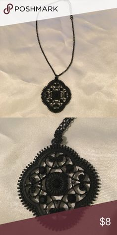 Black pendant Black pendant from Express. 5 larger stones and 8 smaller ones throughout Express Jewelry Necklaces