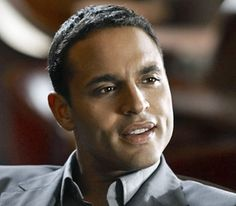 Evening Eye Candy: Daniel Sunjata Daniel Sunjata…first time I laid eyes on him was WAY back on an episode of Sex & the City…he was a sailor on leave at Fleet week…yeah. Black Is Beautiful, Gorgeous Men, Beautiful People, Daniel Sunjata, Raining Men, Sexy Men, Hot Men, Sexy Guys, Fine Men