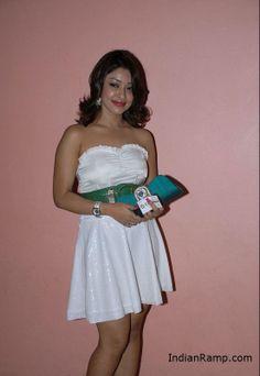 Payal Ghosh Unseen Pictures in White Skirt- Mast Pictures -IndianRamp.com Payal Ghosh, Half Saree, Beautiful Smile, Latest Pics, White Skirts, Short Skirts, Skater Skirt, Strapless Dress, Photoshoot