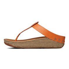 beb68d70eb3a4 927b67ac9303f8cb1d7cafa984f8dfae--women-sandals-shoes-sandals.jpg