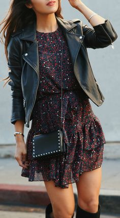 Dark Florals + Moto Jacket (via Andee Layne) - The Best Floral Outfits Fall Winter Outfits, Summer Outfits, Casual Outfits, Fashion Outfits, Womens Fashion, Fashion Beauty, 80s Fashion, Rock Chic Outfits, Korean Fashion