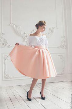 Юбки ручной работы. Ярмарка Мастеров - ручная работа. Купить Розовая юбка миди из неопрена. Handmade. Бледно-розовый, неопрен