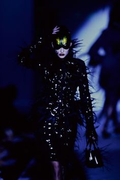 See the complete Mugler Spring 1997 Couture collection.