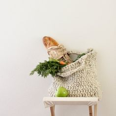 Super simple, sturdy market tote - FREE crochet pattern with how to pictures!