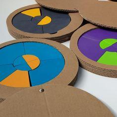 Embalagem, papelão, Tangram circular, brinquedos de madeira, design for kids, gandaiá, design de embalagens Coasters, Wooden Toy Plans, Bag Packaging, Log Projects, Lab, Drink Coasters, Coaster Set