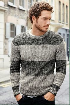 In Men Haicuts and Hairstyles Up to Date Short Curly Hair Styles Men With Male Curly Hair Cuts All In Men 51482627 Curly Hair Cuts, Short Curly Hair, Curly Hair Styles, Wavy Hair Men, Popular Haircuts, Haircuts For Men, Justice Joslin, Pullover Design, Look Man