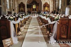 Church Aisle Decorations, Wedding Ceremony Decorations, Anniversary Parties, 25th Anniversary, Wedding Flowers, Wedding Dresses, Church Wedding, Kirchen, Dream Wedding