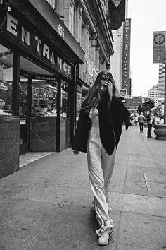 "dhust: "" dariabessonova: ""  Big Easy Model: Luna Bijl Photographer: Sebastian Kim Fashion Editor: Katie Mossman Hair: Teddy Charles Make-up: Natasha Severino "" dhust """
