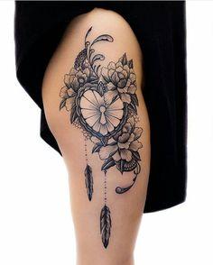 49 ideas for tattoo feather hip tatoo Feminine Tattoos, Girly Tattoos, Sexy Tattoos, Cute Tattoos, Beautiful Tattoos, Body Art Tattoos, Sleeve Tattoos, Lotusblume Tattoo, Lock Tattoo