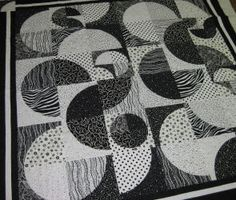 drunkards path quilt pattern | ... information this traditional quilt takes on a modern twist with the