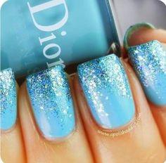 Blue faded glitter nails