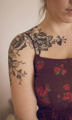 Arm Tattoos for Women In 2020 Arm Tattoo Designs for Women Pretty Designs Tattoo Platzierung, Tattoo Hals, Lace Tattoo, Libra Tattoo, Grey Tattoo, Shoulder Tattoos For Women, Arm Tattoos For Women, Tattoos For Guys, Vintage Blume Tattoo