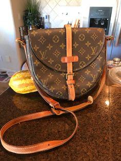 dd2d35ae0e11 Beautiful Vintage Louis Vuitton Chantilly GM Crossbody – LV Bags By Luizzi