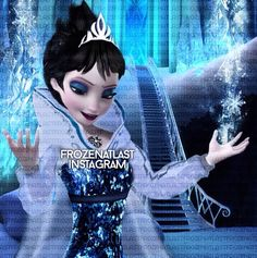 Evil Elsa. This is how she originally looked like. Thank you whoever made this