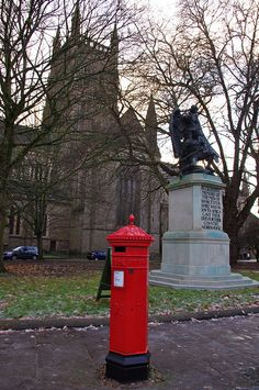 Victorian Post Box    		In front of Worcester Cathedral