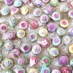 petit flower icing cookies
