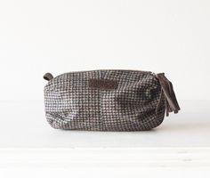 Great gift for sister or best friend. Makeup Bags – Ariadne case - Plaid wool and brown leather – a unique product by milloo via en.DaWanda.com