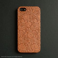 Real wood engraved floral pattern iPhone case S005 – Decouart