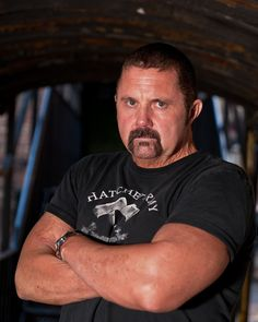 """The film that's being called the """"real Expendables of Horror"""", Witchula has announced that horror icon Kane Hodder has been added to its cast. Hodder will Jason Friday, Friday The 13th, Kane Hodder, Jason X, Horror Monsters, Horror Icons, Jason Voorhees, Ex Husbands, American Actors"""